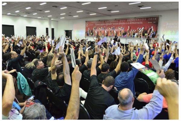 Bancários reivindicam 14,78% de reajuste salarial, defendem emprego e se mobilizam contra a perda de direitos