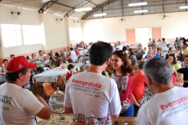 Sindicato de Umuarama promoveu confraternização em comemoração ao Dia do Bancário