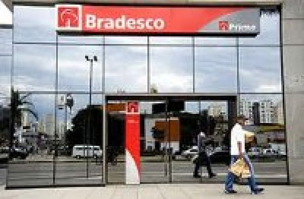 Bradesco paga segunda parte da PLR aos funcionários na próxima sexta