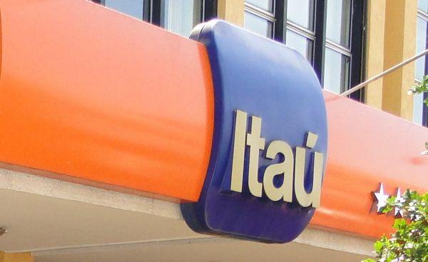 Com cofres cheios, Itaú compra operação de varejo do HSBC no Chile