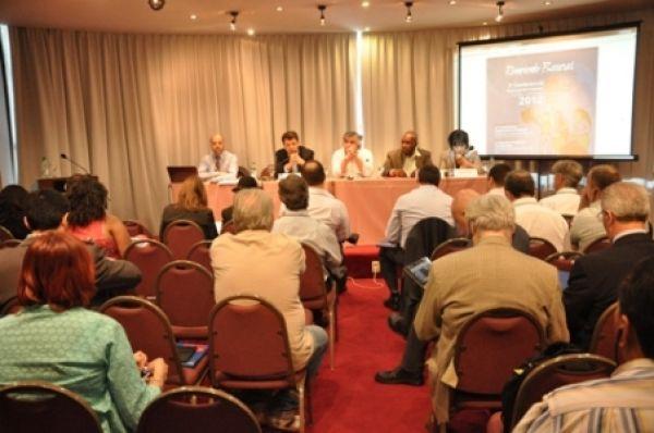 Conferência da UNI Américas Finanças elege Carlos Cordeiro para presidência