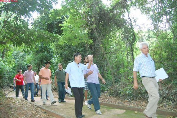 EcoUmuarama faz manifestação por plano de manejo do Bosque dos Xetás