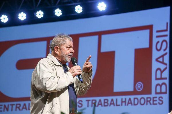 Violência contra Lula afronta o país e o estado de direito