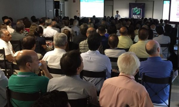 Previ apresenta resultados em reunião, em São Paulo