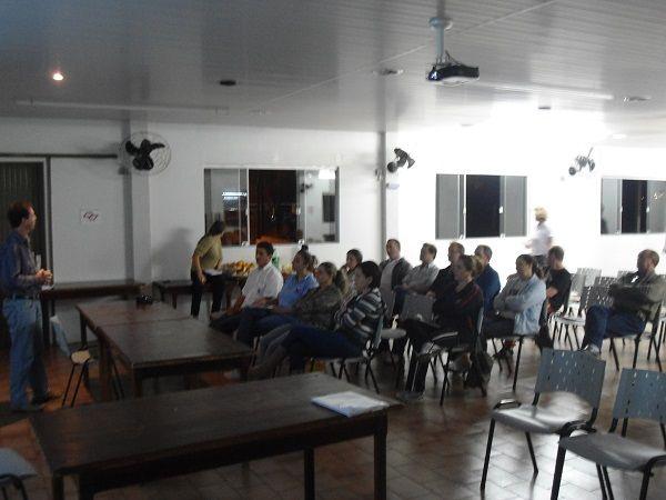 Direção do Sindicato de Toledo fez debate sobre a Central