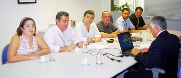 Contraf-CUT negocia regras de avaliação com Caixa para promoção por mérito