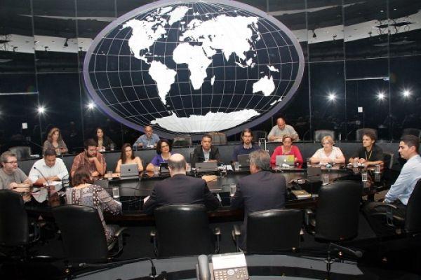 Nova reunião sobre reestruturação e BB Digital aponta milhares de descomissionamentos