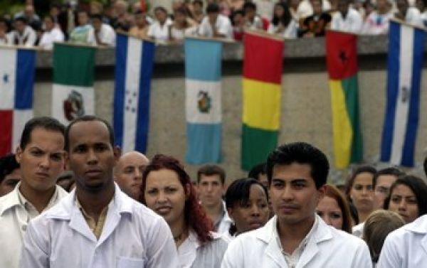 Seis mil médicos cubanos vão atender em regiões carentes do Brasil