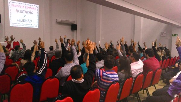 Maioria das assembleias aprova proposta Fenaban e encerra greve nacional