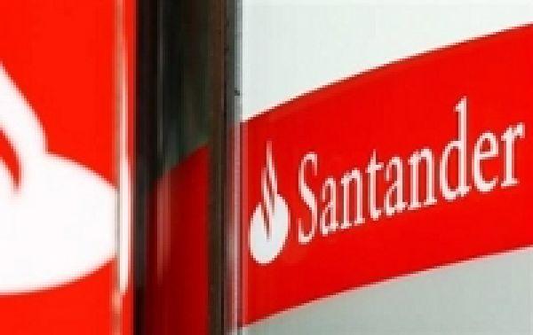 Santander pagará segunda parte da PLR aos funcionários no dia 20