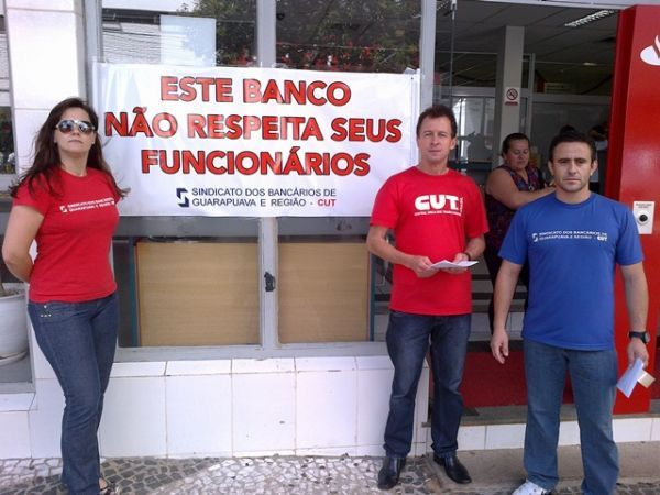Bancários do Pactu aderem às mobilizações contra as demissões do Santander