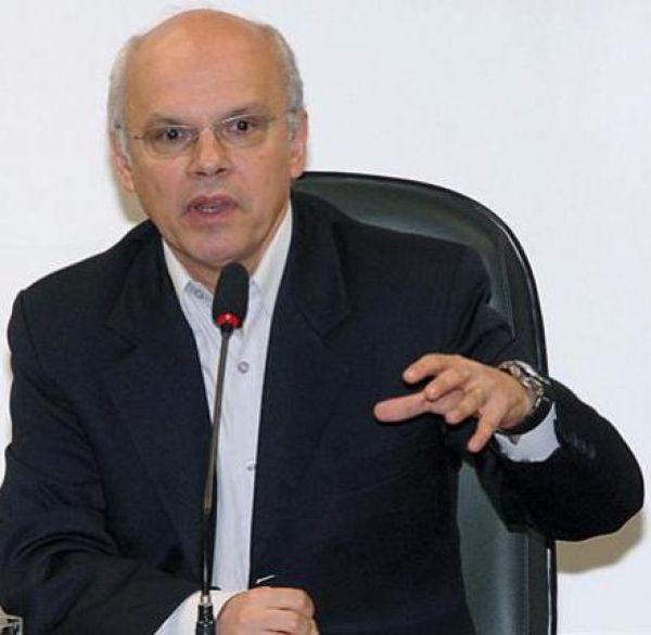 Veja deve explicações ao país, afirma presidente da Federação Nacional dos Jornalistas