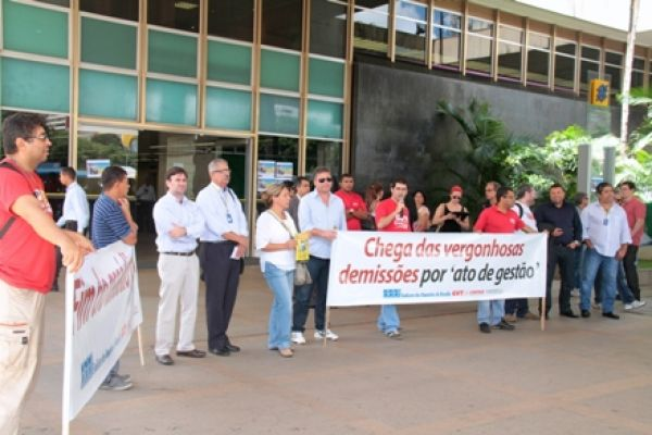 BB não negocia plano de funções e Contraf-CUT marca greve para dia 30