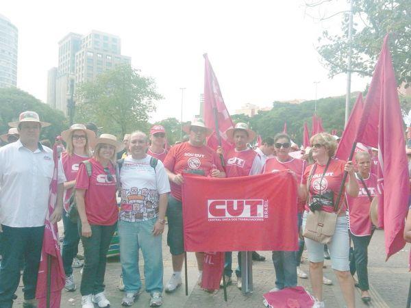 CUT e outras Centrais de trabalhadores levam 40 mil à reivindicar Agenda dos Trabalhadores em São Paulo