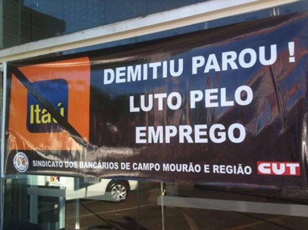Demitiu Parou Itaú