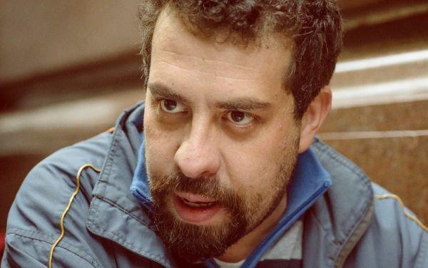 'O PT colhe o que deixou de plantar', diz Guilherme Boulos
