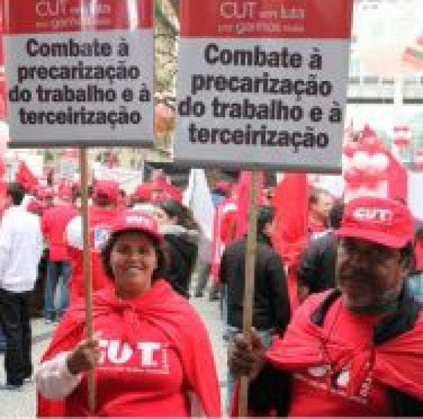 Ameaça à classe trabalhadora: deputado Arthur Maia apresenta relatório e PL 4330 avança no Congresso