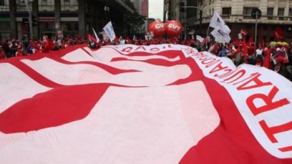Organismos internacionais e governos não têm a resposta certa para combater a crise financeira