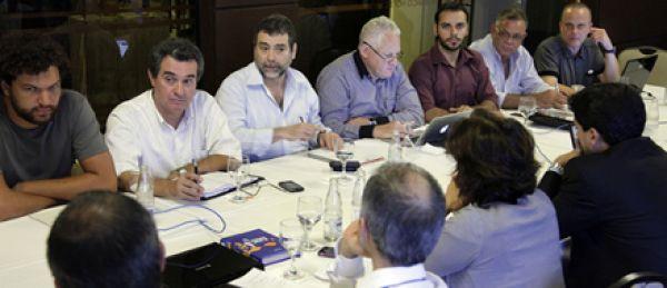 Contraf-CUT negocia e cobra da Caixa solução para problemas nas Ret/PVs