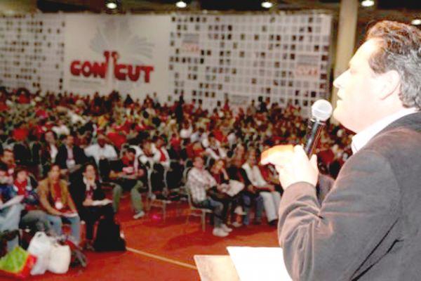 11º CONCUT: plebiscito e abaixo-assinado por liberdade e autonomia são aprovados