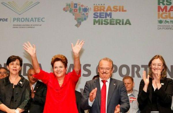 Dilma critica economistas que pregam desemprego contra a inflação