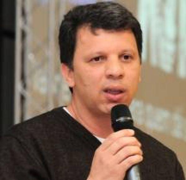 Presidentes da Contraf-CUT e FUP defendem greve geral para barrar PL 4330