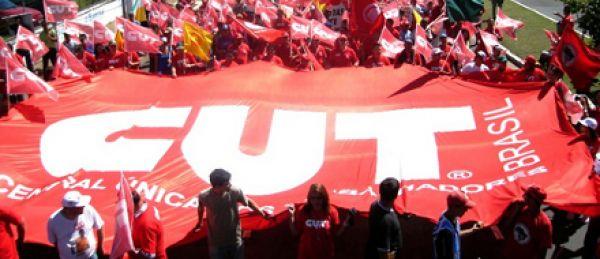 Direção Executiva da CUT divulga nota em defesa dos trabalhadores