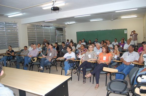 Dirigentes do Sindicato de Umuarama participaram da Conferência Municipal do Meio Ambiente