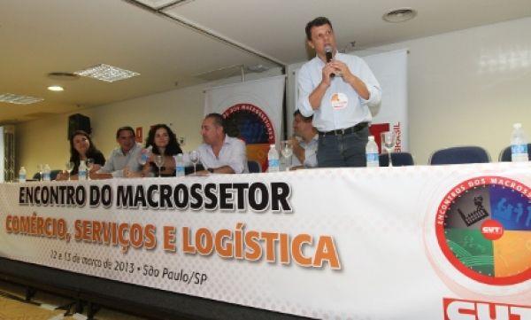 Contraf defende ação conjunta pelo emprego no Encontro do Macrossetor