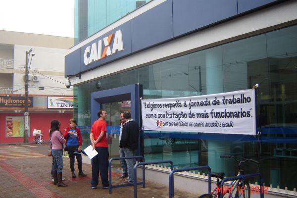 Sindicato protesta contra abertura da Caixa sábado 12/05 em C.Mourão