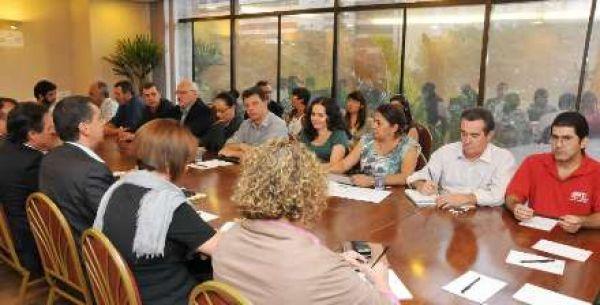 Comando debate com Fenaban não discriminação da atividade sindical