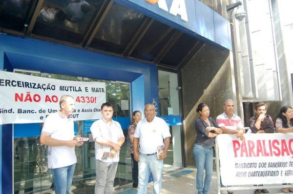 Bancários participaram da manifestação contra o PL 4330