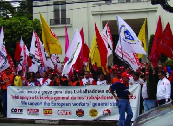 Para CUT, sem medidas mais eficazes do governo, crise chegará ao Brasil