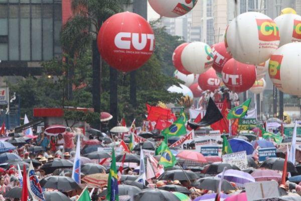 CUT e movimentos sociais criticam visão do governo sobre economia e defendem direitos dos trabalhadores