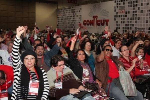 CUT encerra Congresso aprovando plano de lutas para barrar retrocesso e ampliar conquistas