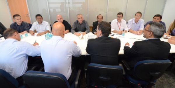 Contraf-CUT negocia com Itaú e arranca proposta de PCR e bolsa educação