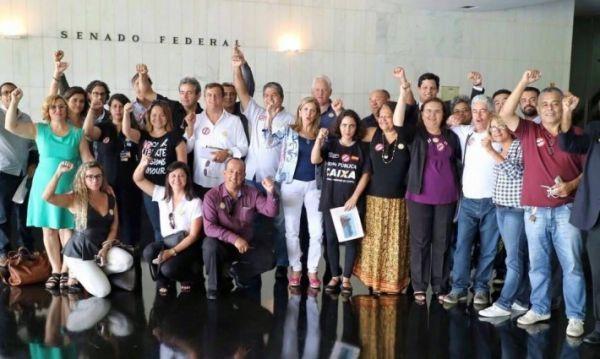 Mobilização conquista adesão de senadores contra o PLS 555 e votação é adiada pela terceira vez