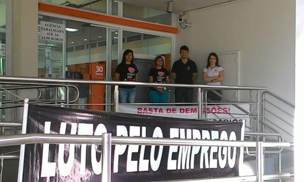 Protestos em todo o país marcam Dia de Luta contra demissões no Itaú