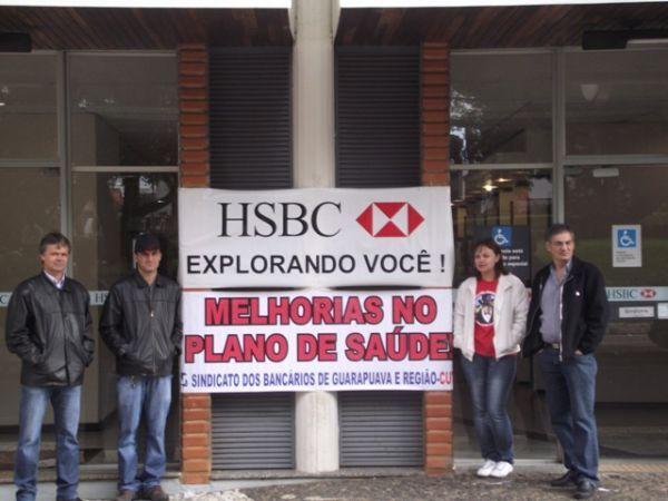 Dia Nacional de Luta paralisa agências do Itaú e HSBC contra demissões
