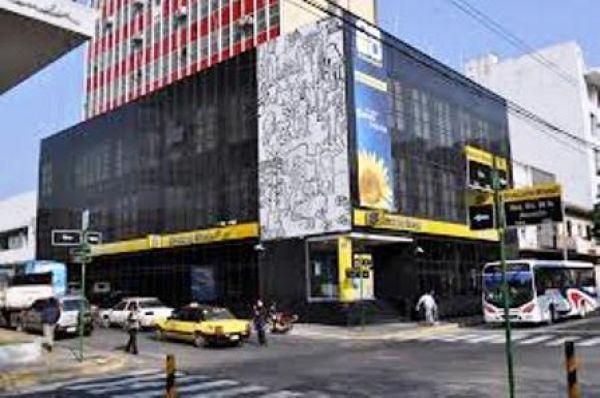Banco do Brasil demite e declara fechamento de agência