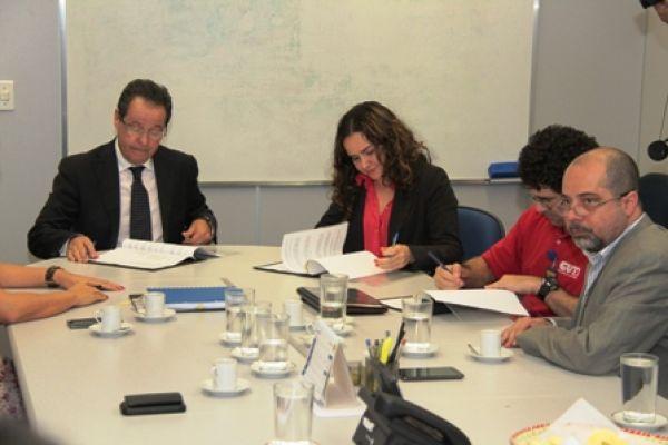 UNI Américas renova assinatura do Acordo Marco com Banco do Brasil