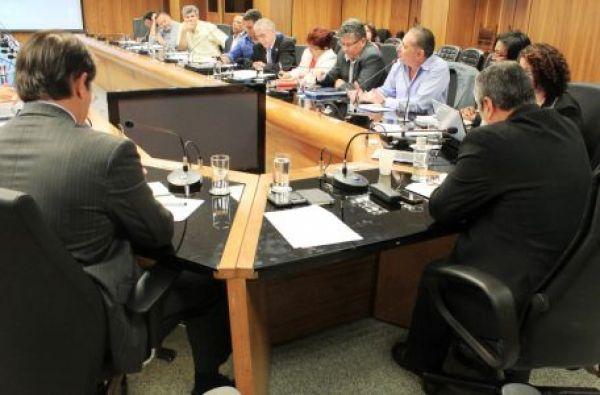 Limites para a terceirização e organização sindical ainda são obstáculos na discussão sobre o PL 4330