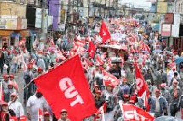 CUT apoia greves e quer aumento da pressão por ganhos reais de salário