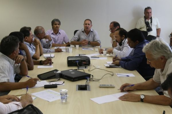 Centrais farão ato unificado no dia 9 de abril e cobrarão audiência com a presidenta Dilma