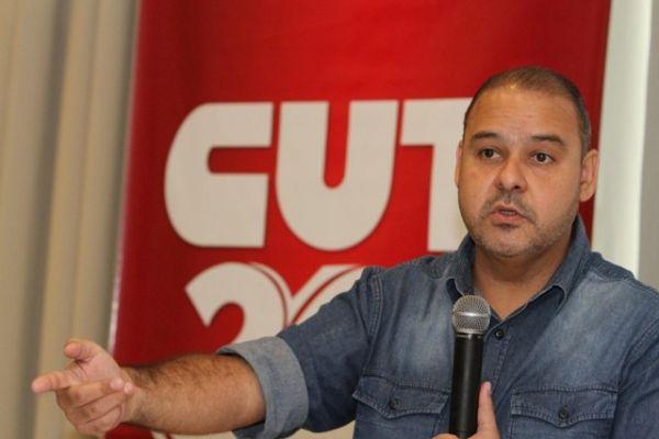 Vagner Freitas: Papel da CUT e dos movimentos é combater retrocesso