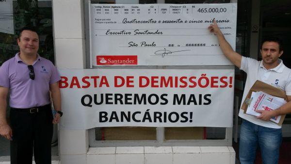 Sindicatos intensificam mobilização no Santander pelo fim das demissões