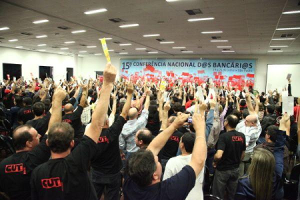 15ª Conferência dos Bancários aprova reivindicações da Campanha 2013