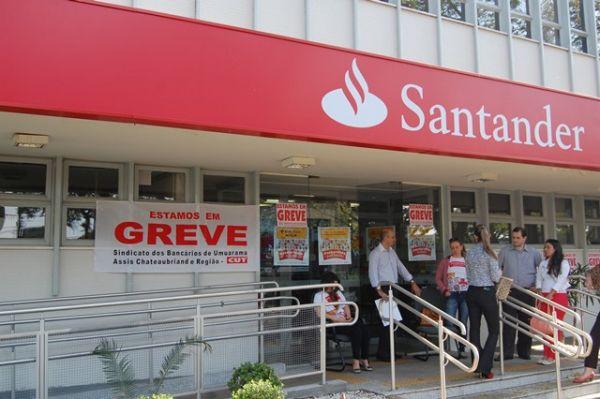 No segundo dia, bancários fecham 7.282 agências e greve se fortalece