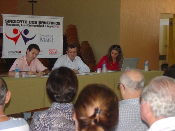Seeb Umuarama realizou assembleia com funcionários do Banco do Brasil beneficiados por ação coletiva