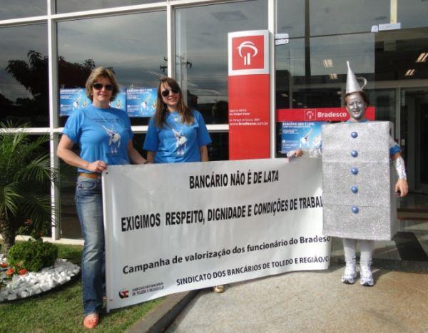 Campanha de valorização dos funcionários do Bradesco
